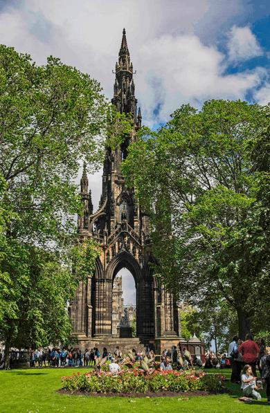The Scott Monument - New Town di Edimburgo